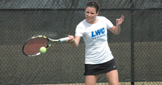 Jessica King won her both of her matches in today's win over Milligan