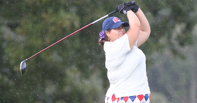 Bri-Ann Tokariwski fired a 1-under par 71 today to move up to fourth place.