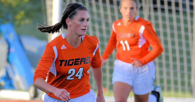 Georgetown�s Sarah Hencke is the MSC Women�s Soccer Offensive Player of the Week. Photo by Richad Davis