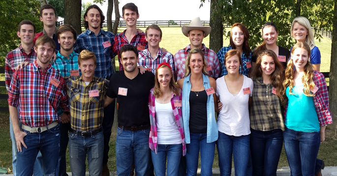Georgetown College cross country teams got dressed up and spent a Friday evening volunteering at the Blessing Ball.