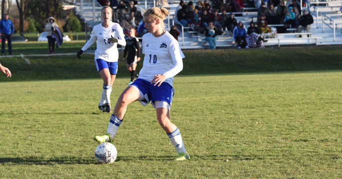 Amanda Kander scored a goal in the Blue Raiders' 4-2 win over Westmont