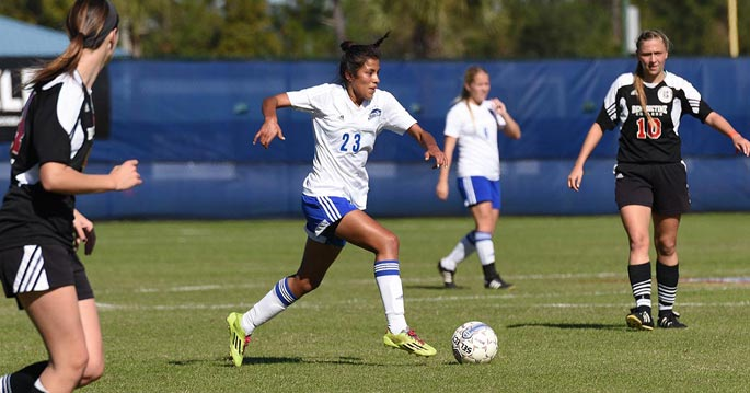 Lyana Perez scored today's game-winner in a 3-1 win over Benedictine.